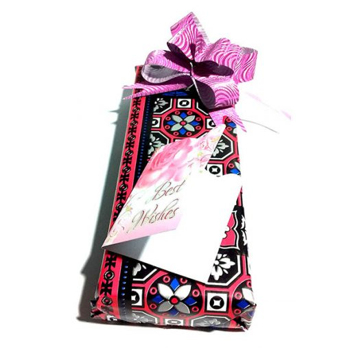 Jitter Black Pen wraped in luxury gift wrap is best gifft for birthdays, anniversaries or weddings